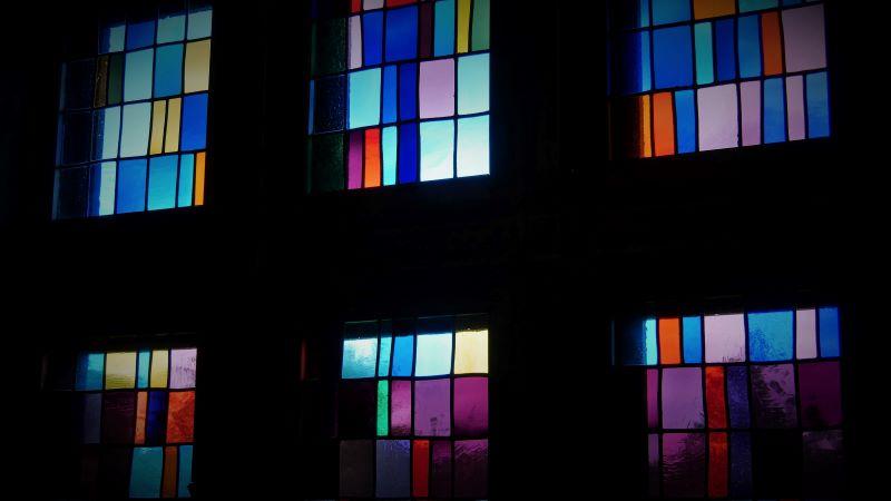 Kapel en gebrandschilderde ramen