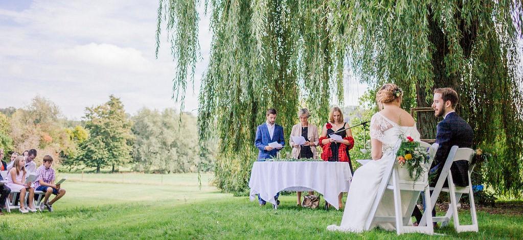 kasteel-van-dalhem-wedding-in-the-park