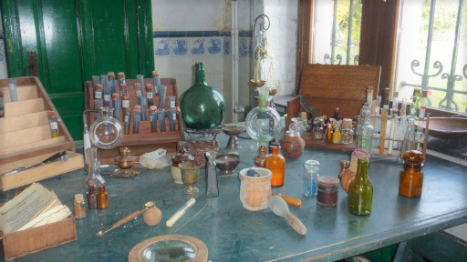 laboratoire-chimie-groupes-dalhem-chateau-clinique